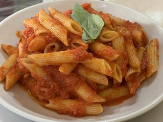 cuisine italienne, penne arrabbiata