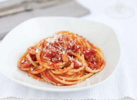 cuisine italienne, bucatini amatriciana